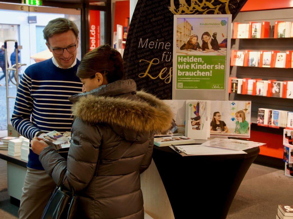 Vorleseaktion Hugendubel Frankfurt